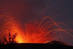 anak-krakatau-2009-eruption-mf2107