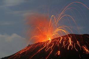 anak-krakatau-2009-eruption-mf2163