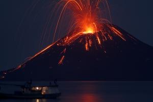 anak-krakatau-2009-rakata-mf2036